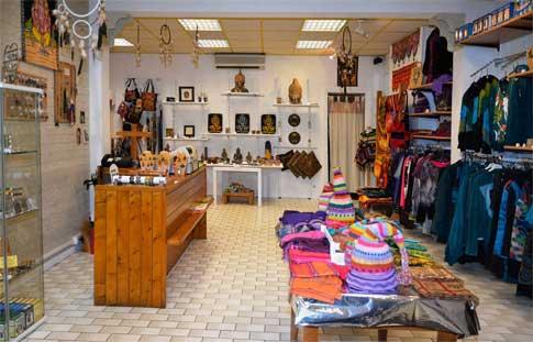 interieur du magasin ganesha