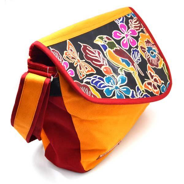 cuir et coton pour ce sac a motif avec oiseau