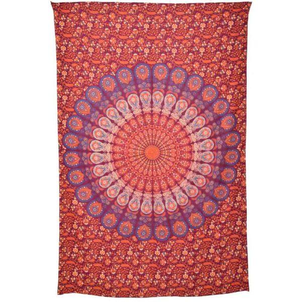 tenture mandala avec fleur decorée de rouge